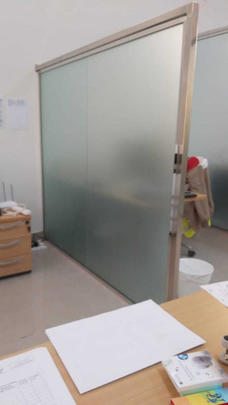 Divider Glass Wall